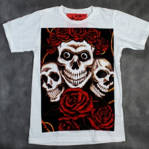 футболка череп и розы