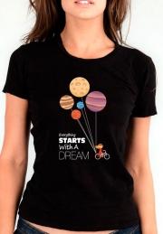 Женская футболка Everything Starts with dream