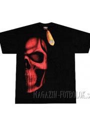 футболка с половиной красного черепа