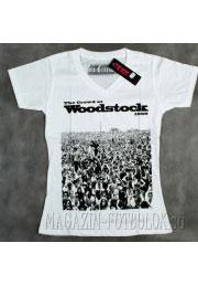 Женская футболка с надписью Woodstock