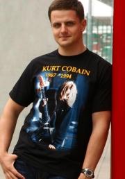 Купить футболку с Куртом Кобейном