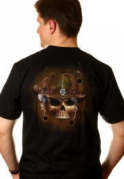футболка с 3d картинкой скелет и револьверы