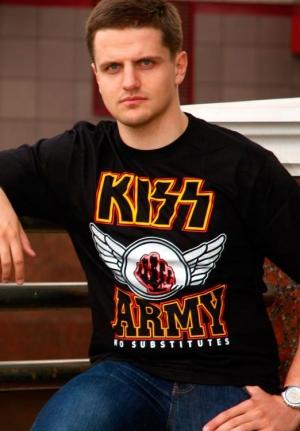 футболка kiss army
