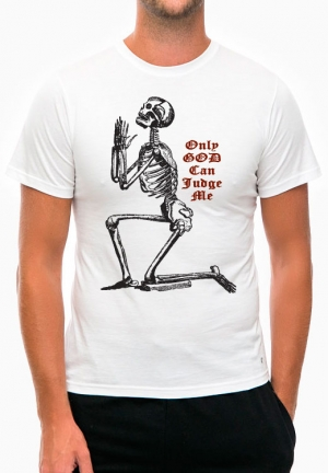 футболка only god can judge me
