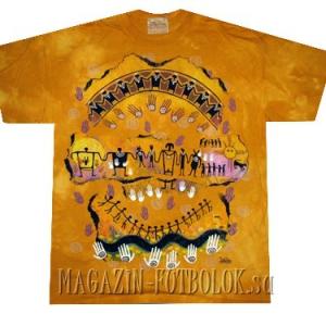 этническая футболка we are all related