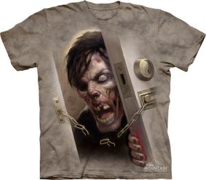 футболка zombie at  door