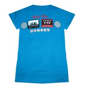 женская футболка с кассетами