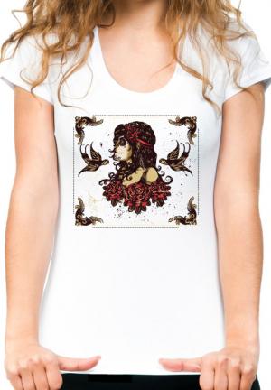 женская футболка girl roses