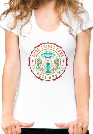 женская футболка good things come who wait girls