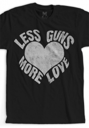 Футболка Less Guns More Love