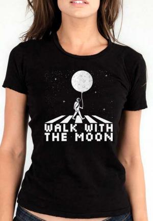 женская футболка walk with moon girl