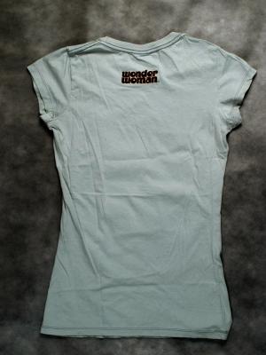 яркая футболка женская wonder woman